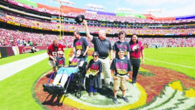 Photo of Maryland Governor, Youth Fight Cancer