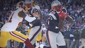 Photo of Patriots Stymie Redskins, 27-10, Remain Unbeaten