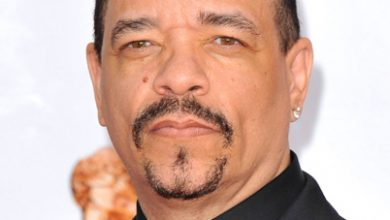Photo of [VIDEO] Ice-T's Gun Comments Leave Michael Moore Cold