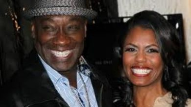 Photo of Actor's Sister Wants Omarosa Investigated Over Will
