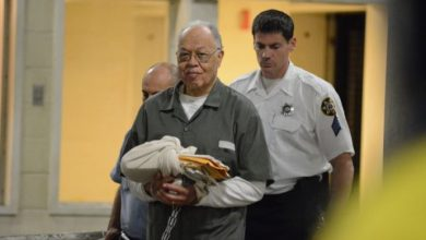 Photo of Gosnell Case Looks at Both Sides in Abortion Debate