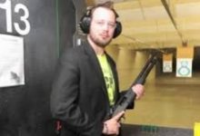 Photo of Activist to Hand Out Free Shotguns to Chicago Residents