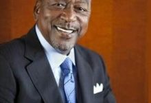 Photo of Robert L. Johnson Receives Highest Award Recognition from Black Enterprise Magazine