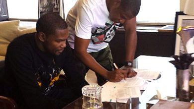 Photo of Jay-Z's Agency Lands Kevin Durant
