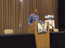 Photo of Mayor Kevin Johnson Warns of 'Crisis' in Education
