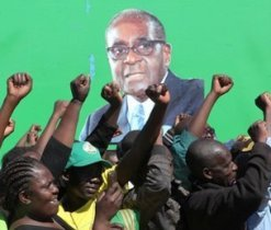 Photo of Mugabe Cheered by Regional Group – Elections Confirmed by Court