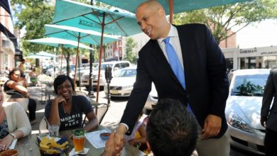 Photo of Cory Booker Wins New Jersey Senate Primary