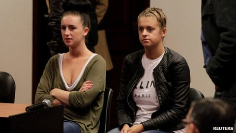 Michaella McCollum (left) and Melissa Reid in court last month