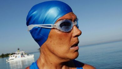 Photo of Nyad Fought Off Winds, Sickness and Fatigue on Record Swim