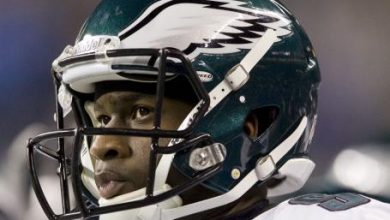 Photo of Vince Young Tweets He Was Cut by Packers