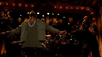 Photo of Kanye West Drops By 'Late Night With Jimmy Fallon' In A Leather Waist Cape