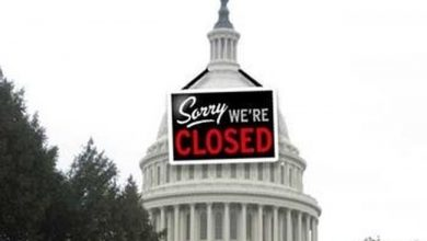 Photo of U.S. Government Workers Feel Sting of Being 'Non-Essential'