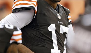 Photo of Browns Bench Weeden; Campbell to Start