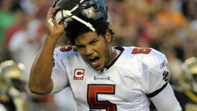 Photo of Buccaneers Waive QB Josh Freeman