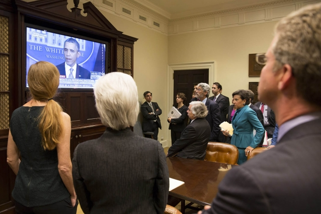 Cabinet members look on Monday as Obama discusses government shutdown (White House Photo by David Lienemann)..
