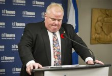 Photo of Pressure Ramps Up for Toronto Mayor to Step Aside
