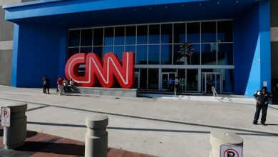 Photo of CNN Lays Off Top Entertainment Producers as Part of Reorg