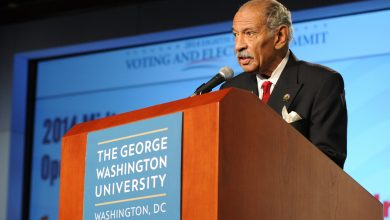 Photo of Conyers Holds Off Sheffield, is Poised to Become Dean of Congress