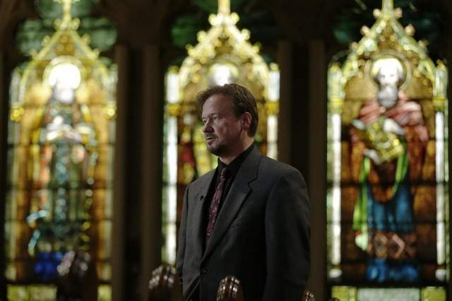 Former United Methodist pastor Frank Schaefer speaks with reporters on Dec. 19, 2013, after a news conference at First United Methodist Church of Germantown in Philadelphia. / AP
