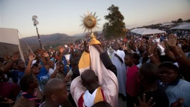 Photo of Thousands at Religious Summit in Haiti