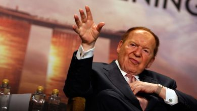 Photo of Billionaire Mogul Sheldon Adelson Looks for Mainstream Republican Who Can Win in 2016