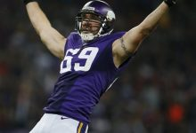 Photo of AP Source: Jared Allen Gets $15.5M from Bears