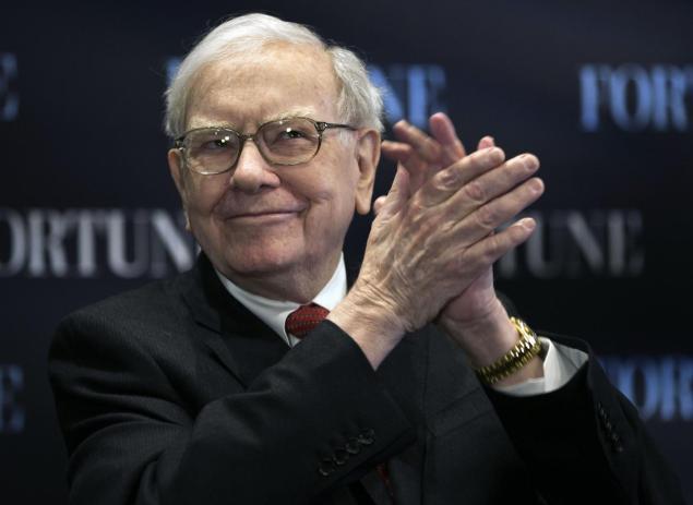 Warren Buffett (Nati Harnik/AP)