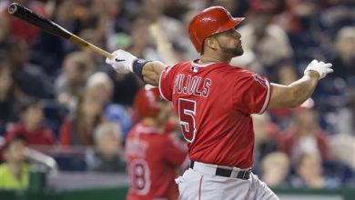 Photo of Pujols 1st to Hit HRs No. 499, 500 in Same Game