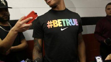 Photo of UMass Basketball Player Announces He's Gay