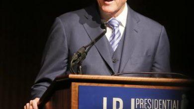 Photo of Bill Clinton Says Voter ID Laws Undermine Civil Rights Progress