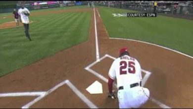 Photo of WATCH: Don Baylor, Ex-Yankee, Breaks Leg Catching Angels' Ceremonial First Pitch