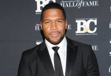 Photo of Michael Strahan Officially Joins 'Good Morning America' with Red Carpet Welcome