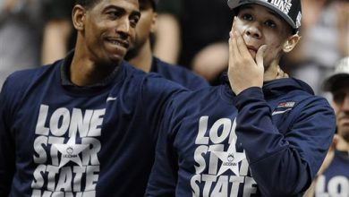 Photo of Kevin Ollie Signs 5-Year Extension with UConn