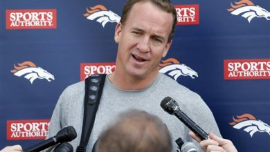 Photo of Manning Says He and Gase Didn't Break NFL Rules