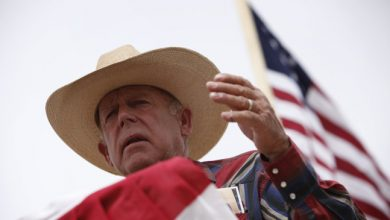 Photo of Nevada Rancher Defends Remarks, Loses Supporters