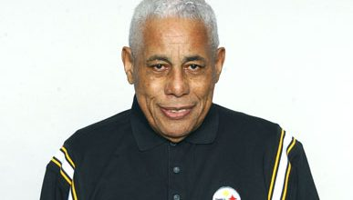 Photo of Long-Time Pittsburgh Steelers Scout Bill Nunn Dies