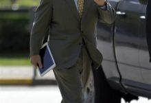 Photo of Ex-CEO Testifies in Anheuser-Busch Bias Trial