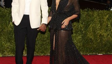 Photo of Jay Z Attacked by Sister-in-Law Solange Knowles