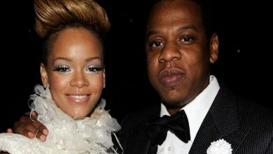 Photo of Rihanna Leaves Def Jam and Signs with Jay Z's Roc Nation Label