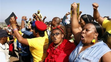 Photo of South Africans Vote in First 'Born Free' Election