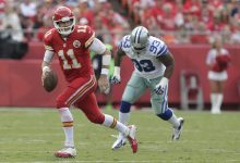 Photo of Andy Reid Believes Chiefs QB Alex Smith Will Receive a New Contract