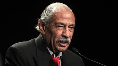 Photo of US Rep. Conyers Joins Suit to Get Back on Ballot