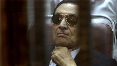 Photo of Egypt's Mubarak Convicted of Graft, Gets 3 Years