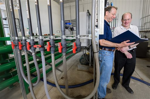 Photo of College Has System to Extract Water from Manure