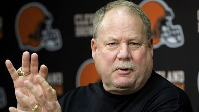 Photo of Mike Holmgren Says Redskins 'Absolutely' Should Change Their Name