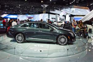1024px-Cadillac_XTS_Full_Size_Sedan_-_Flickr_-_Moto@Club4AG