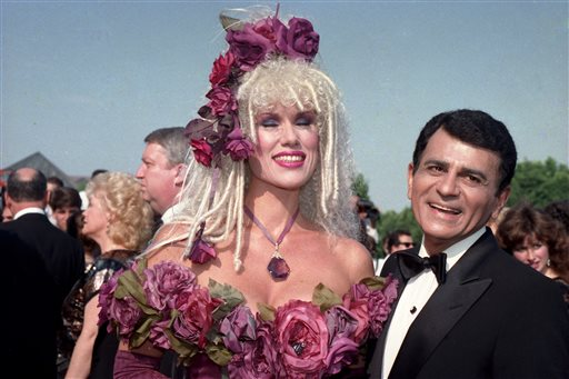 In this Sept. 20, 1987 file photo, Casey Kasem, along with his wife Jean Kasem arrives at the Emmy Awards in Los Angeles. Kasem, the smooth-voiced radio broadcaster who became the king of the top 40 countdown, died Sunday, June 15, 2014, according to Danny Deraney, publicist for Kasem's daughter, Kerri. He was 82. (AP Photo/File)