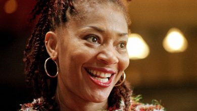 Photo of Terry McMillan Switches Publishers