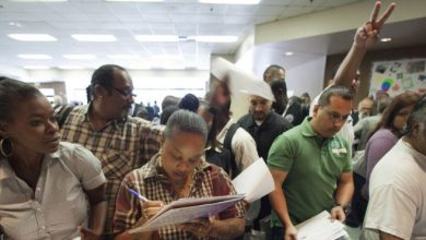 Photo of US-Born Latinos Hold More Jobs Than Foreign-Born