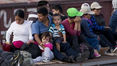 Photo of Despite Crush of Children, Illegal Immigration Low